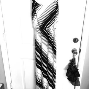 White House Black Market Maxi Dress Size XXS